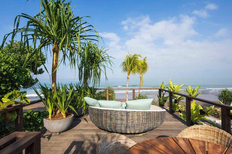 8. Noku Beach House - Absolute beachfront