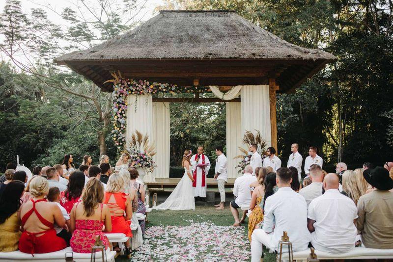 Meaghan Luke Villa Sanctuary Canggu Bali Wedding13