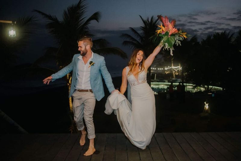 Ashlee Barry Komune Resort Bali Wedding19